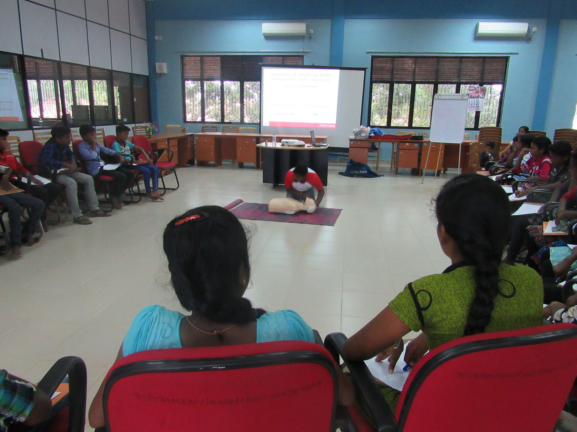 First aid training held for child cooperaqtive members