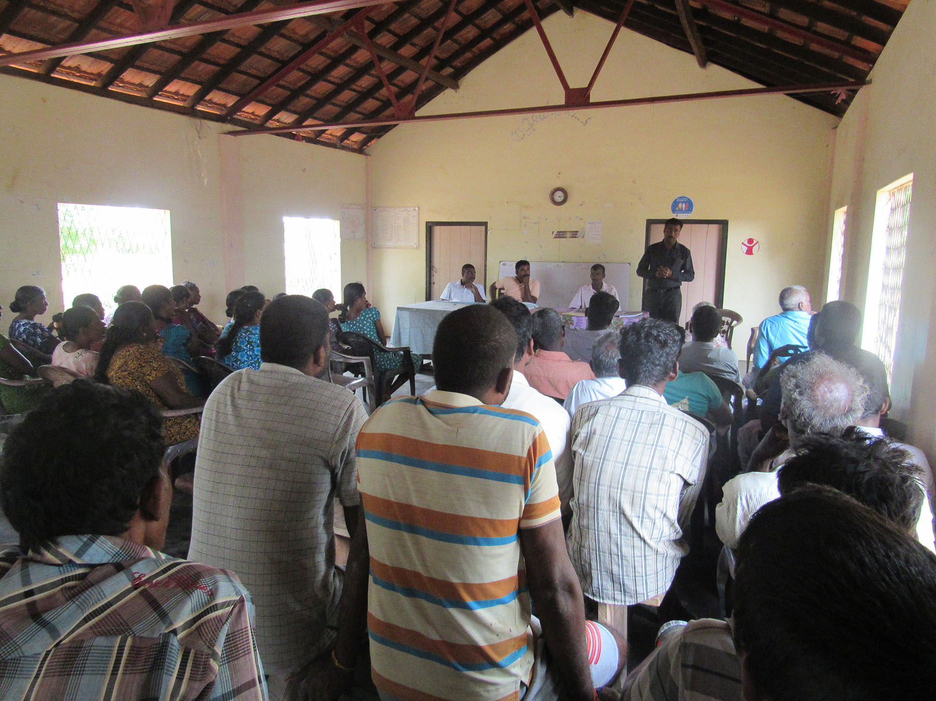 Mtg. held by RAHAMA and Agrarian officers with farmers on an Organic fertilier project.